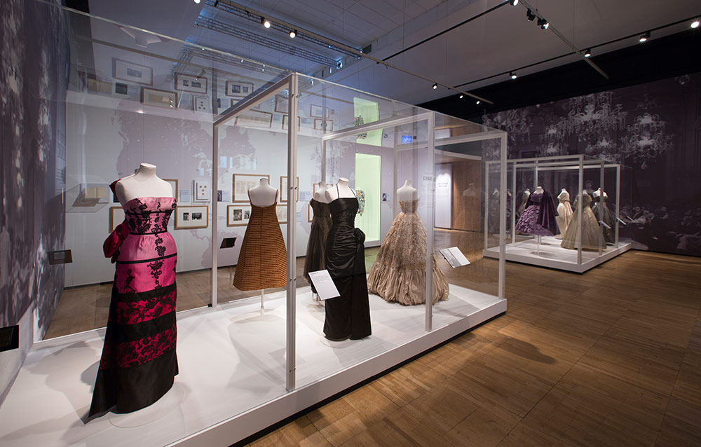Installation of Victoria and Alberts Museum's exhibition, The Glamour of Italian Fashion. Photo © Victoria and Albert Museum, London.