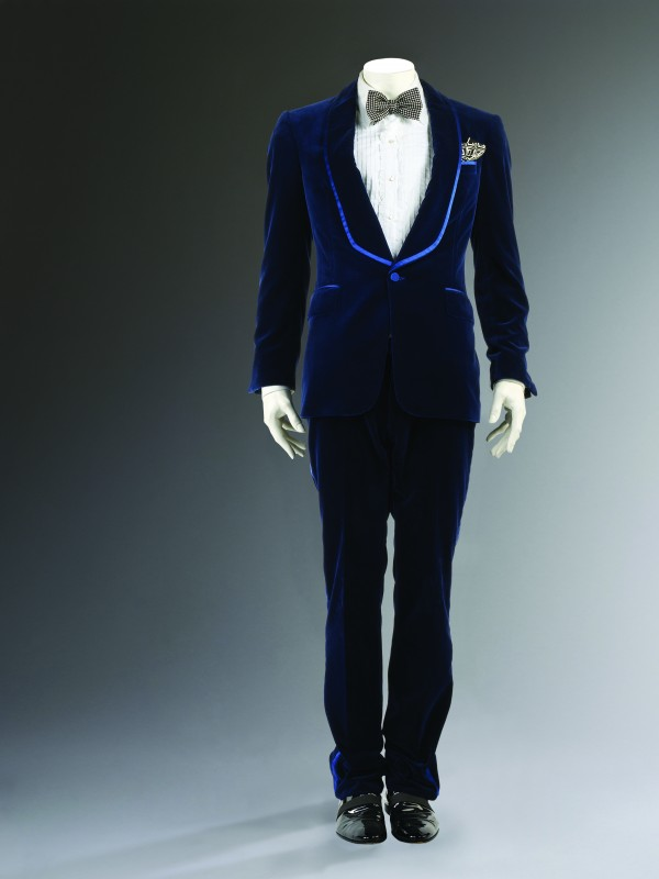 Man's Velvet Evening Suit, Autumn/Winter, 2004/05, Photo © Victoria and Albert Museum, London.