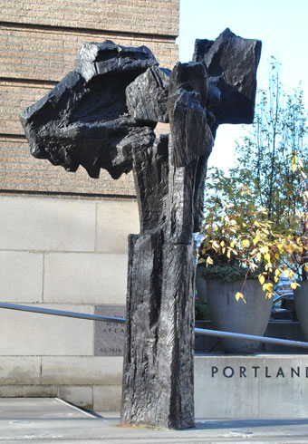 Hilda Morris (American, 1911-1991), Winter Column, 1979, bronze, Museum Purchase: Funds provided by Mr. and Mrs. Howard Vollum, © 2001 Carl and Hilda Morris Foundation, 80.123.