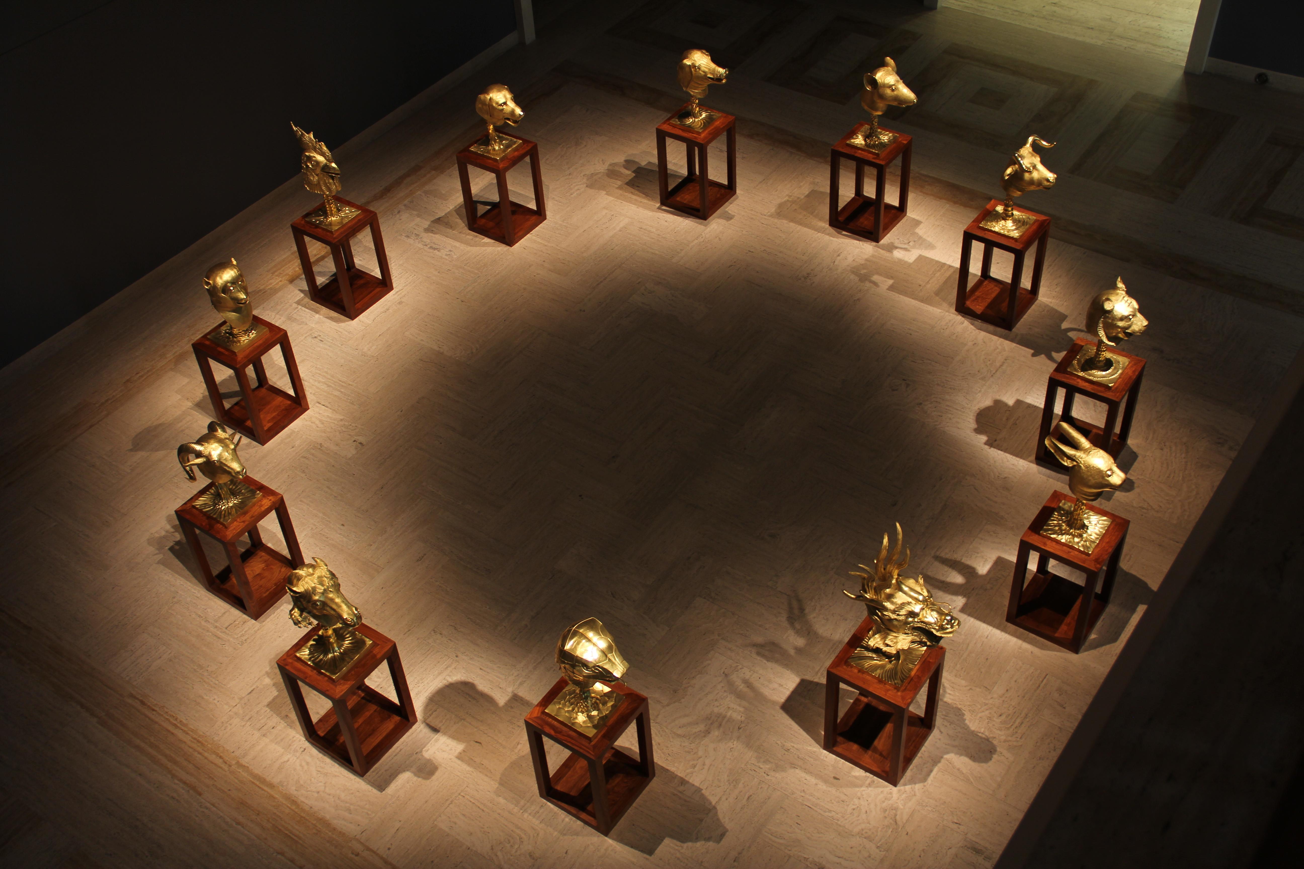 Ai Weiwei, Circle of Animals/Zodiac Heads: Gold, 2010, Bronze with ...