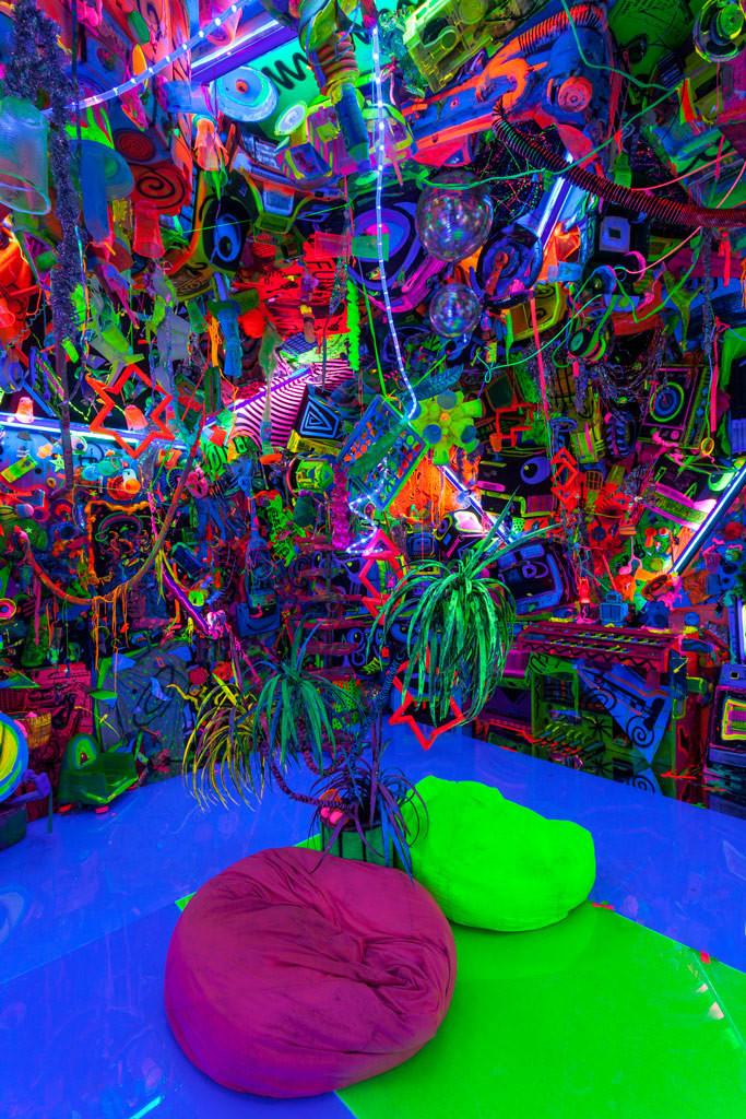 Kenny Scharf: Cosmic Cavern