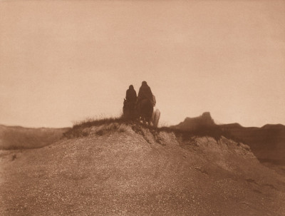 Edward Sheriff Curtis, A Gray Day in the Bad Lands, 1905