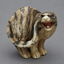 Matsushita Otoman, Tiger, c. 1820, ivory, collection of Sue Horn-Caskey and Rick Caskey.