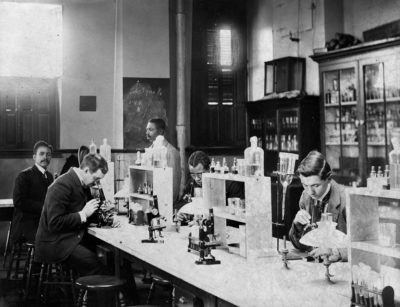 Howard Univ., Washington, D.C., ca. 1900 - class in bacteriology laboratory (ca. 1900), part of W. E. B. Du Bois albums of photographs exhibited at the Paris Exposition Universelle in 1900.